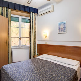 Hotel Galeno Rome - Bedroom